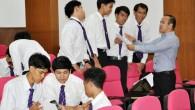 คณะครุศาสตร์อุตสาหกรรม ได้จัดโครงการพัฒนานักศึกษาสู่สังคมอาเซียนด้านภาษาต่างประเทศ เพื่อพัฒนาความเข้มแข็งในการจัดการศึกษาให้บัณฑิตมีคุณภาพตามมาตรฐานพร้อมเข้าสู่ประชาคมอาเซียน รวมถึงสร้างบัณฑิตที่มีศักยภาพและมีคุณลักษณะตรงตามความต้องการของสังคม โดยมีผศ.ดร.ชญานนท์ กุลฑลบุตร เป็นวิทยาการให้ความรู้ ในหัวข้อการกล่าวทักทาย/การแนะนำตัว, การตั้งคำถามและตอบคำถามอย่างง่าย, เทคนิคทางด้านภาษาอังกฤษ […]